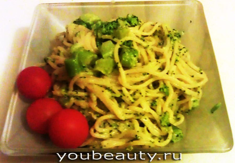 Спагетти с брокколи