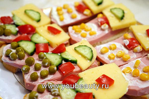 """Бутерброд """"Мобильный телефон"""""""