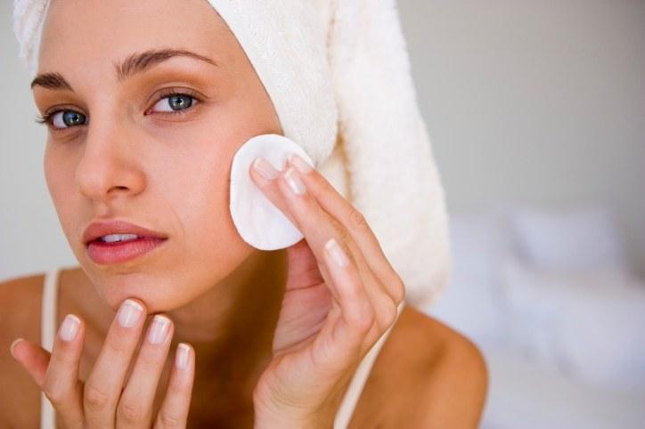Очистка кожи перед сном