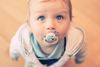 Как воспитывать ребенка до года