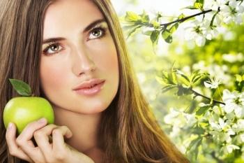 Массаж яблоками для красивой кожи